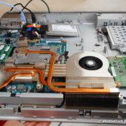 一体型パソコンの内部 CPUファン